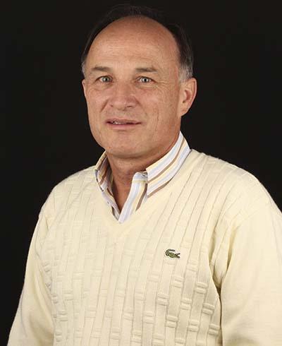 Dr. Carlos Llano