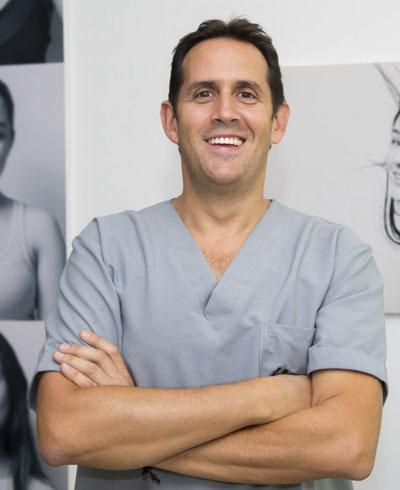 Dr. Diego Fernando Londoño